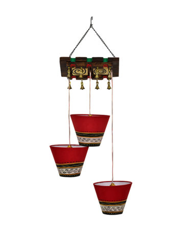43b6fbac-c959-4731-a3a7-838255fbb9f41536744145681-ExclusiveLane-Bucket-Shaped-Chandelier-With-Hanging-Lamp-Shades-In-Red-3-Shades-4001536744145616-2